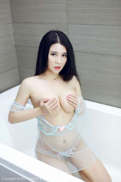 Sukki可儿 - 黄金比基尼+长腿透视内衣浴室湿身诱惑