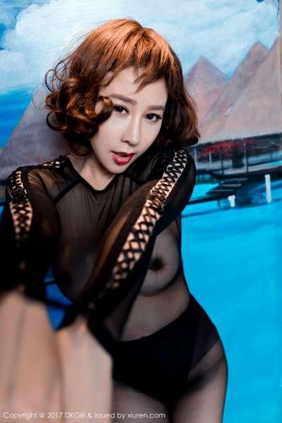 混血演员@安娜金性感巨乳写真图片