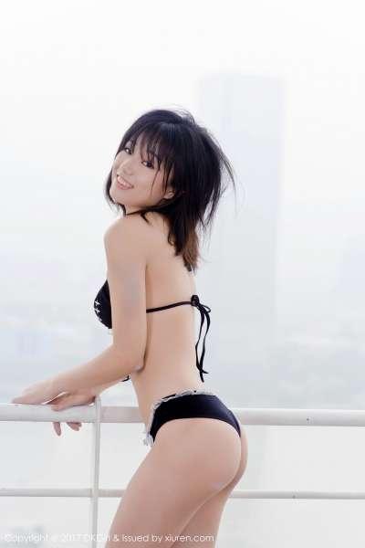 仓井优香 - 天台演绎日系风采诱惑图片