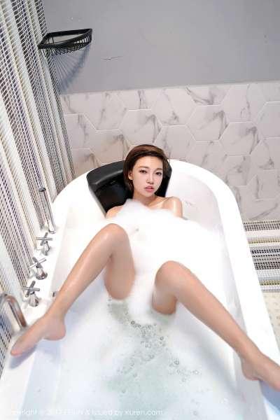 短发妹子@冯木木LRIS最新性感写真套图