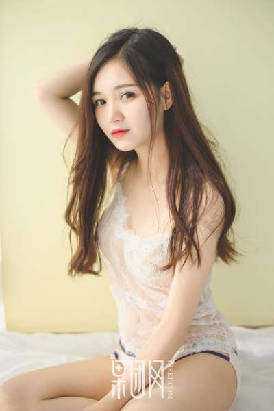 尹意纯 - 清纯玉女 bf衬衫风~蕾丝内衣