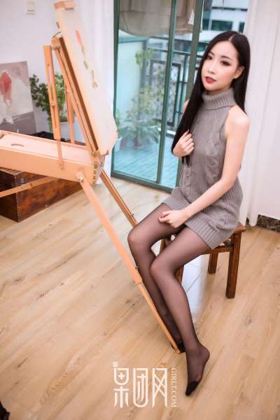 雨儿 - 黑丝魅惑长腿玉女写真