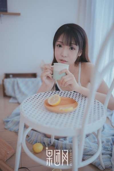 邻家小妹陪你吃早餐!诱惑图片欣赏