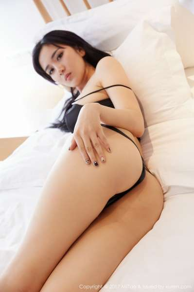梦溪 长腿美女写真套图