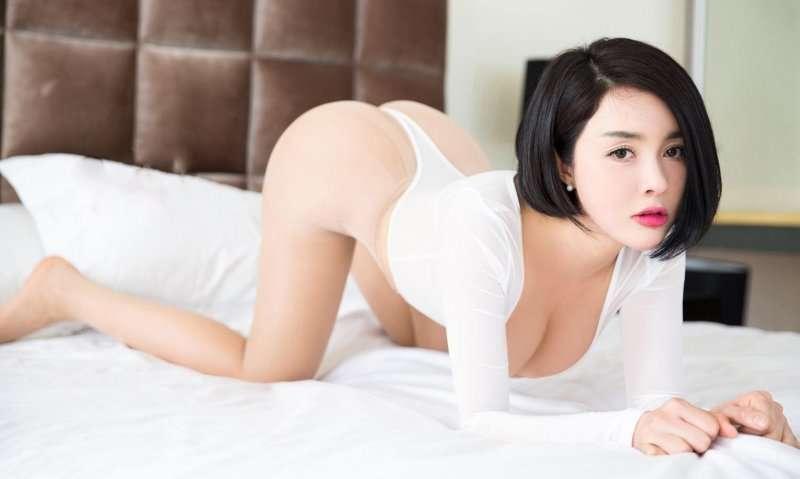 美乳房美汐大尺度性感翘臀写真