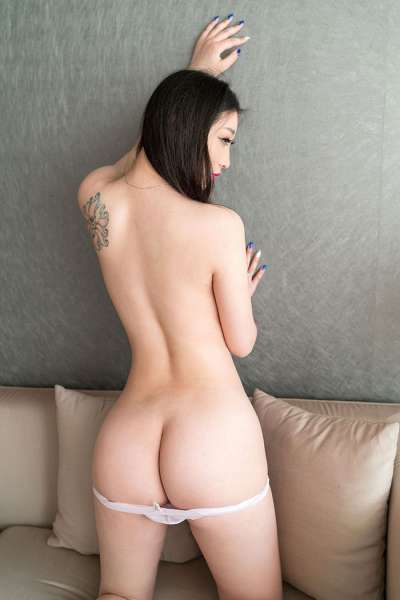 爆乳翘臀美女极品尤物
