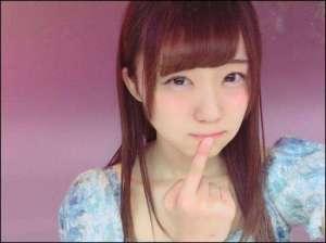 日本23岁女偶像因偷名牌外套被捕 回应原因:只因觉得很好看