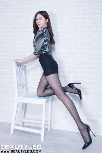 腿模Emma - 丝袜美腿写真