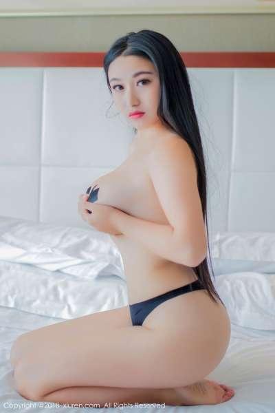 爆乳女郎龍籹cool最新写真,丰满大奶子诱惑