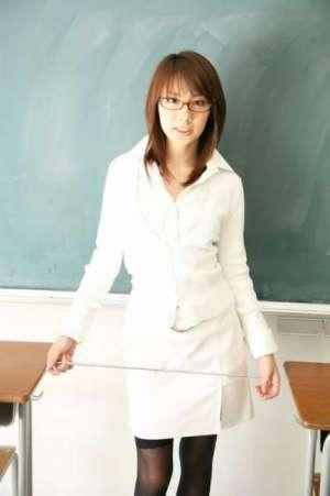 极盡诱惑的黑丝女教师