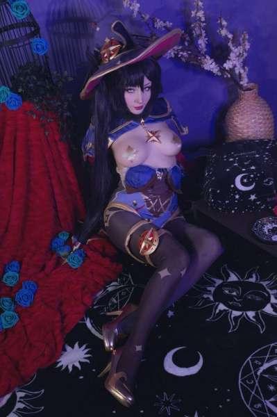 写真ShiroKitsuneMona