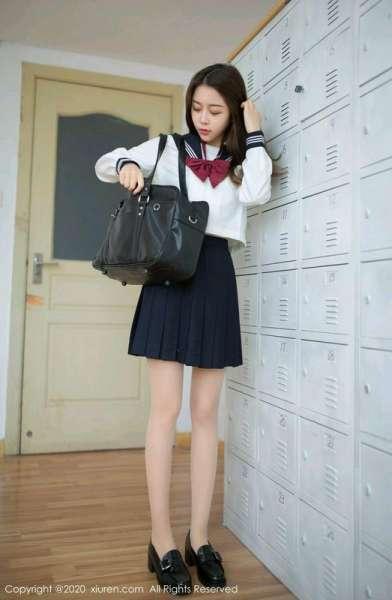 美颜极品模特学生装肉丝袜
