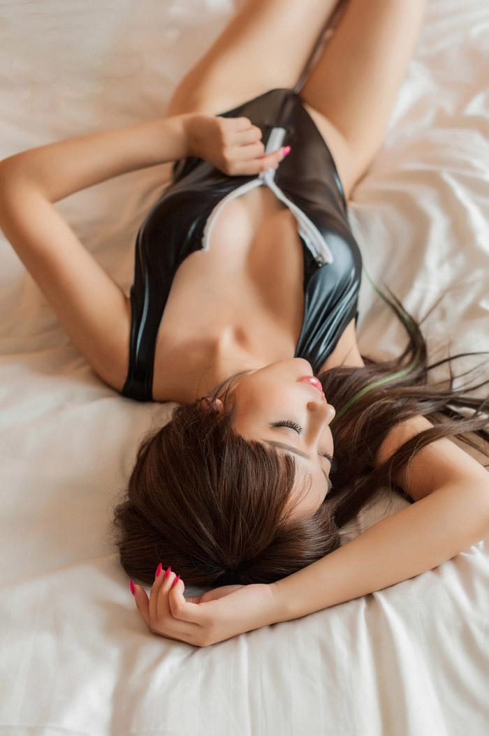 杨诺依性感猫女郎私房诱惑写真