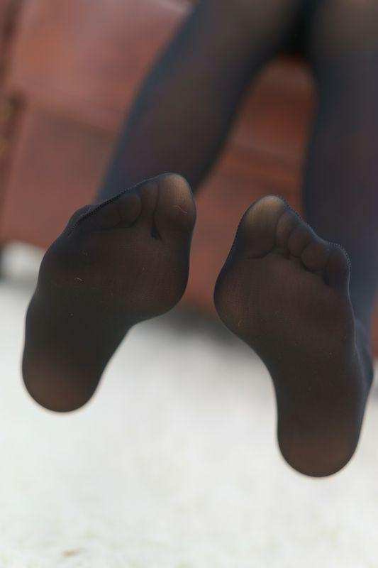喵写真黑丝美腿超清大图