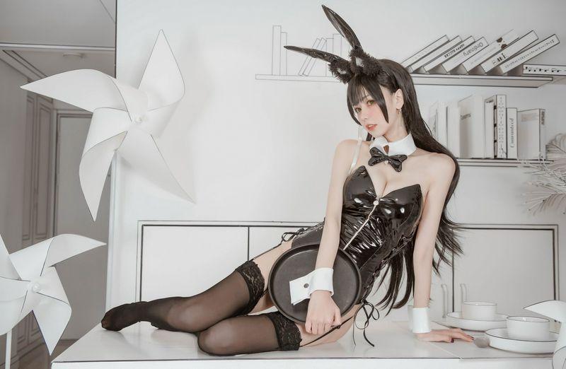 你的负卿爱宕兔女郎