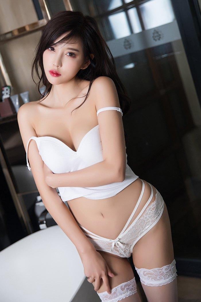 性感尤物杨晨晨浴缸边卖弄风情撩人心魂